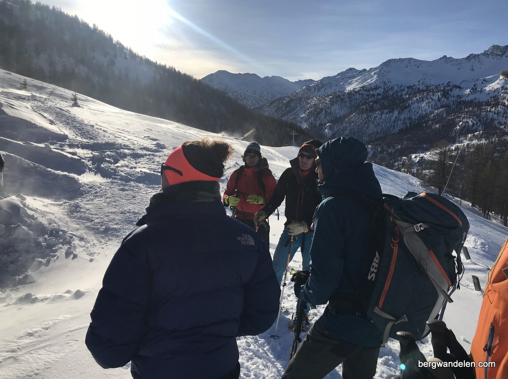 lichte trektocht op sneeuwschoenen frankrijk | Bergwandelen.com