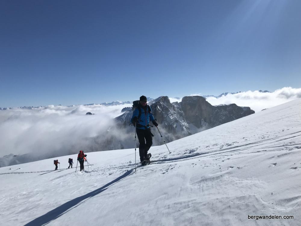 uitdagende trektocht op sneeuwschoenen ratikon zwitserland | Bergwandelen.com