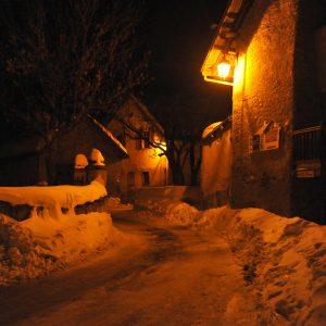 Sneeuwwandelen met Oud & Nieuw langs bijzondere hutten in de Névache